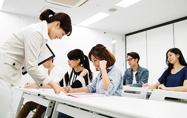 サービス業に特化した社員教育